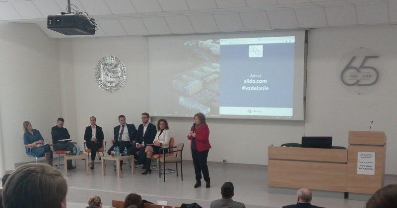 Fotoreport z diskusie: Vzdelanie pre generáciu Y-Z